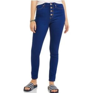 Classic High Rise Exposed Button Skinny Jeans